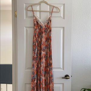 NWT Lulu*s Maxi Dress, Sz M